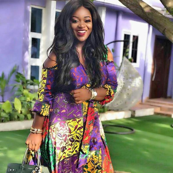 Jackie Appiah Completely Slays In Silk Ankara (3)
