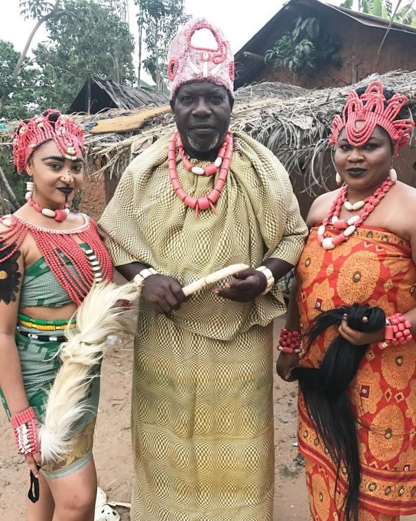 Rosy Meurer Pictured Alongside Walter Anga With Ejike Asiegbu And Rita Daniels On Set Twisted The Movie (2)
