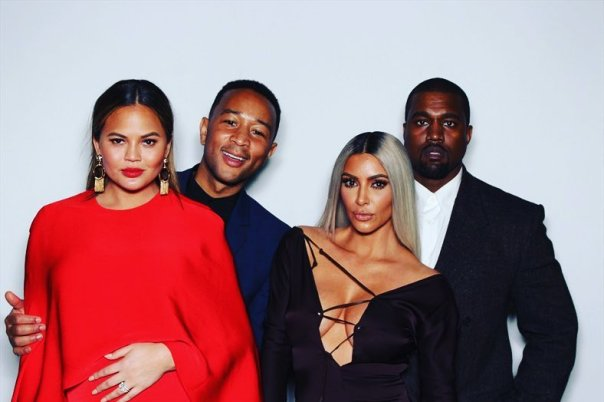 Kim Kardashian And Kanye West Pose In Photobooth With John Legend And Chrissy Teigen (6))