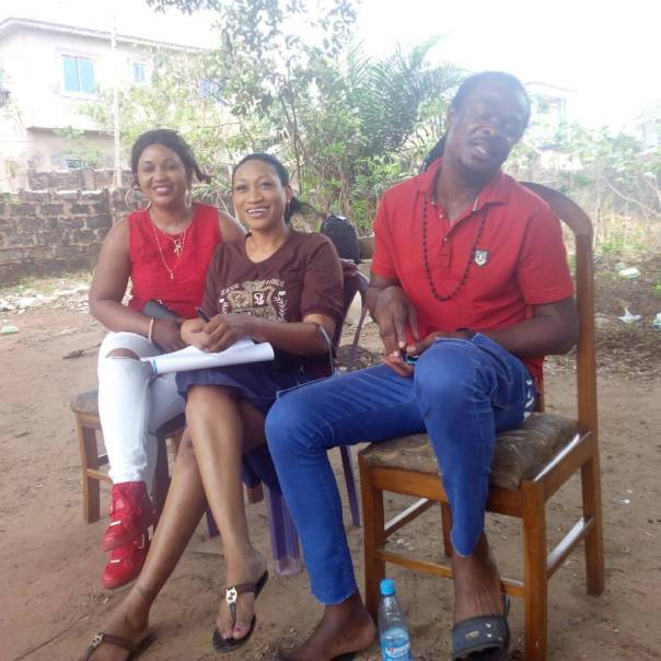 Oge Okoye And Chizzy Alichi On Set Of The Messenger (6)