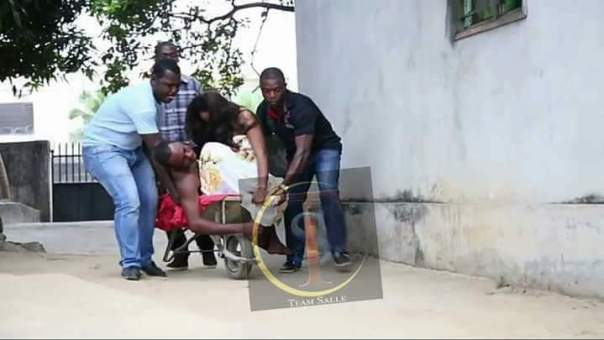 Ghanaian Lovers That Got Stuck During Sex In The Volta Region (3)