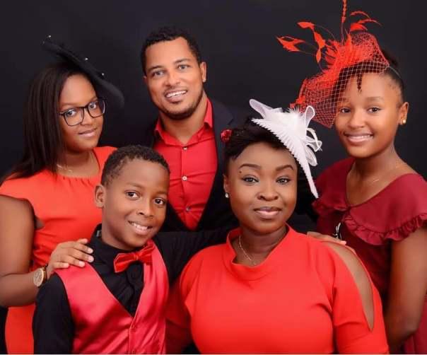 Van Vicker Shares Photo Of His Beautiful Family (2)