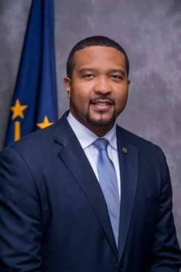 Bobrisky Stole U.S. Senator Eddie Melton's Photo And LIED He was His Bae (3)