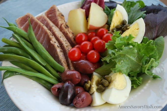 Simple Tuna Nicoise Salad recipe