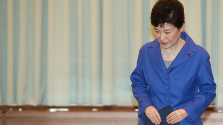 South Korean graft investigators say they won't be able to question president Park