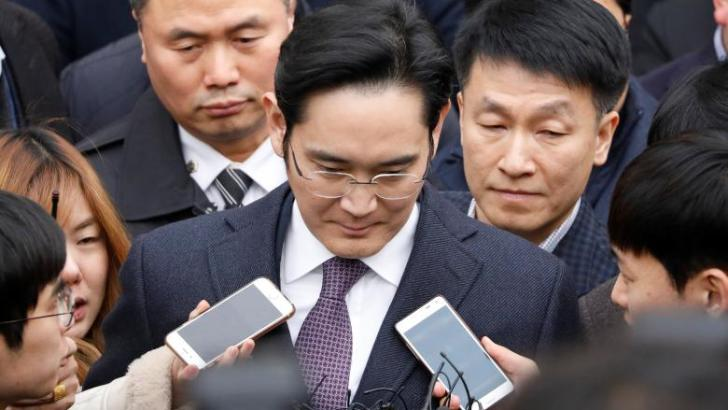 South Korea prosecution to decide on Samsung chief warrant by Wednesday