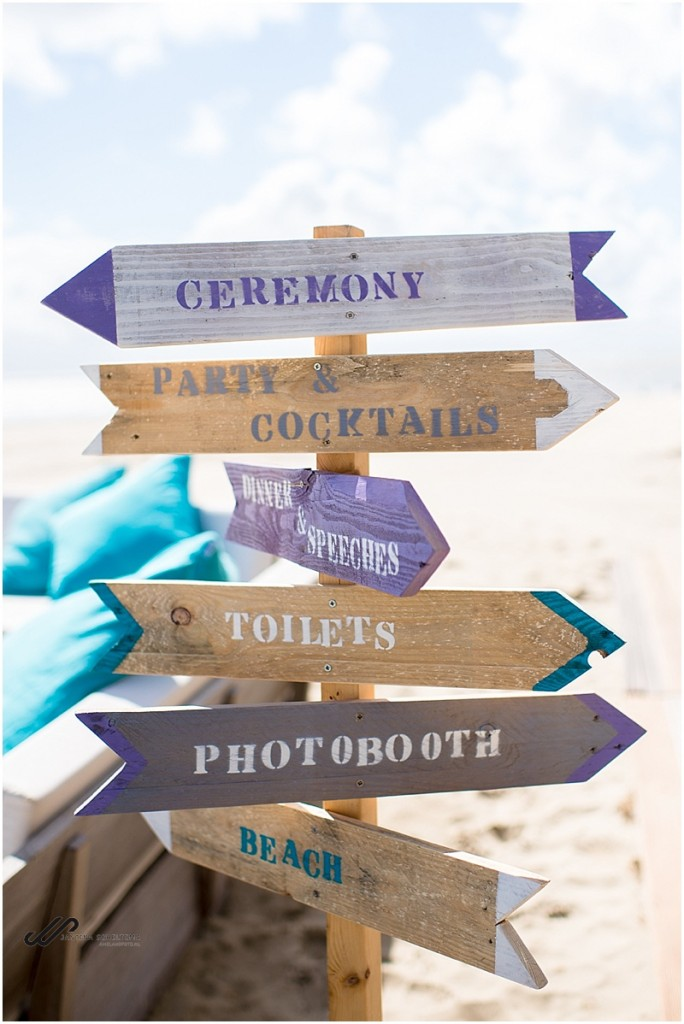 strandbruiloft sign