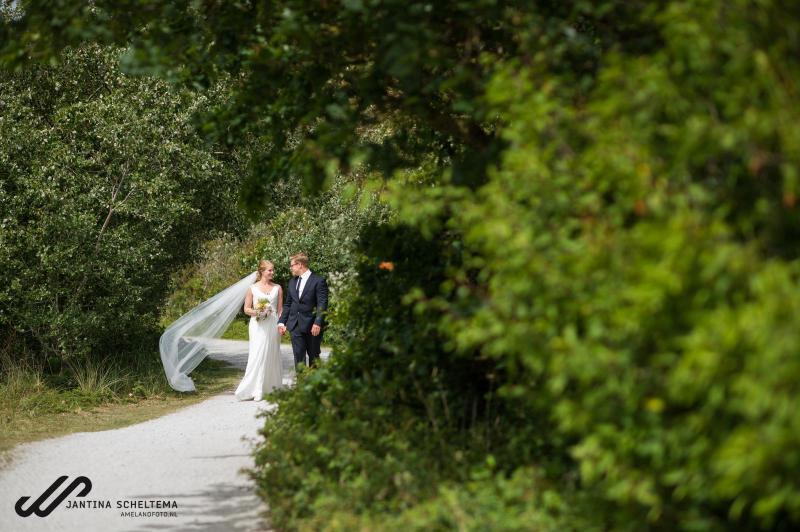 trouwen in de westerlaan kerk op Ameland 25