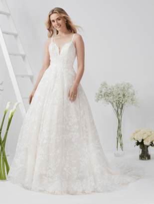 Eternity-Bridal-D5805-Amelias-Clitheroe-Wedding-Dresses-Lancashire