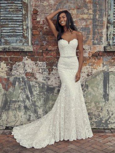 Rebecca-Ingram-Finola-Amelias-Bridal-Clitheroe-Lancashire