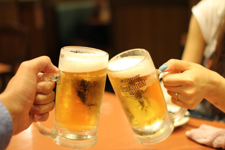 Nommunication : boire pour communiquer au Japon