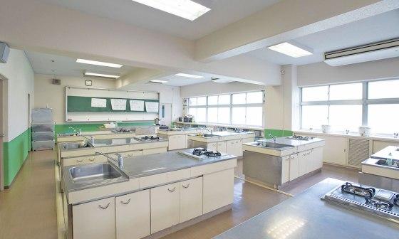 kateika, arts ménagers, cours de cuisine, école japonaise