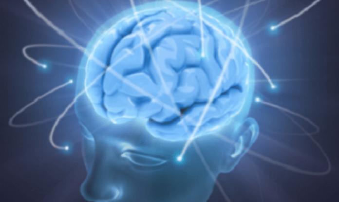 les bienfaits de l'eau à jeun sur la santé cérébrale