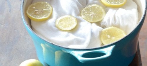 le citron sert à détacher les vêtements
