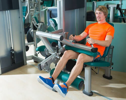 bending to strengthen the knees