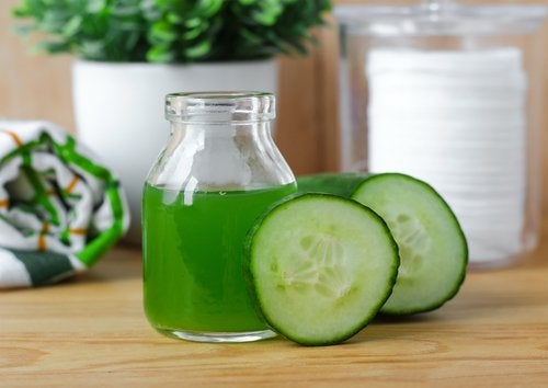 Cucumber juice and cucumbers