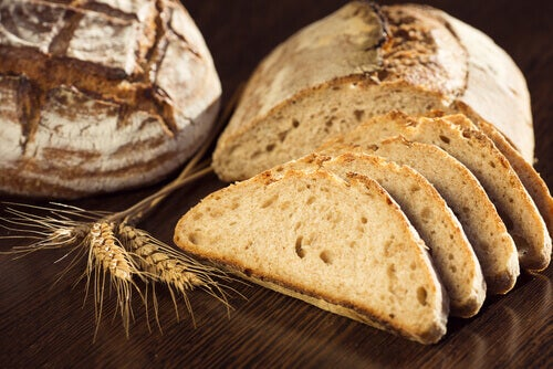"""The complete bread """"width ="""" 500 """"height ="""" 334 """" data-recalc-dims="""