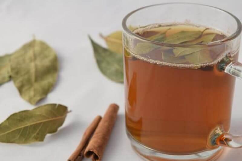 thé cannelle et laurier