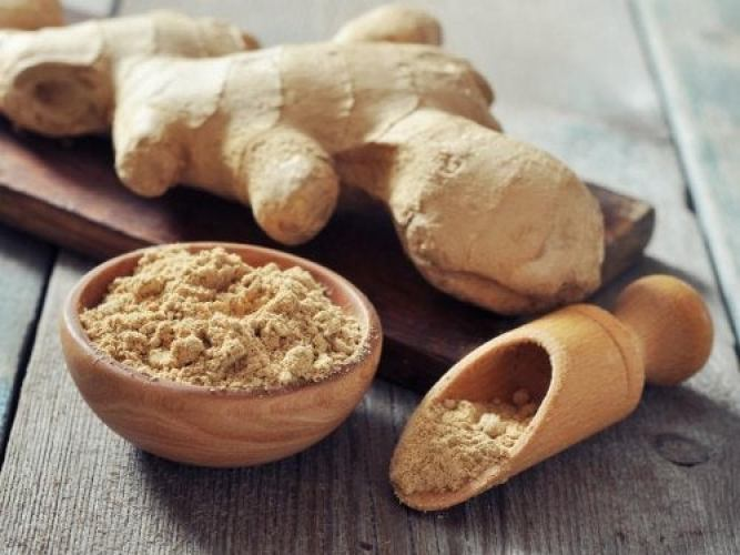 remèdes naturels contre les maux de tête à base de gingembre