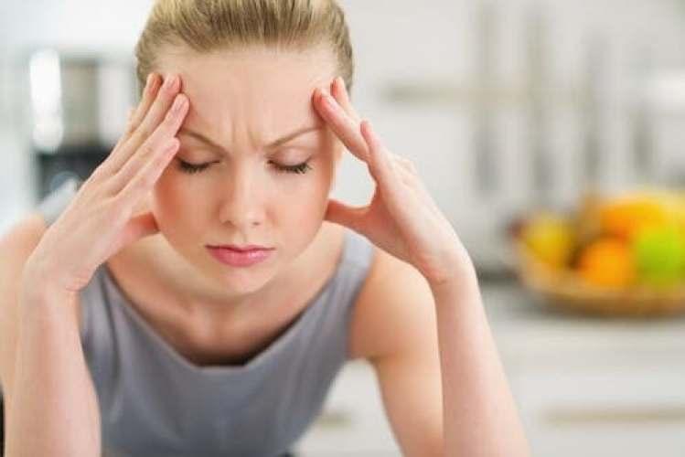 Les études lient le stress au cholestérol.