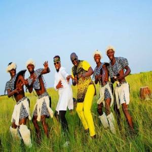 Chukwu Ebube (God Of Glory) - Sammie Okposo Feat. Michael Stuckey