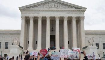 Suprema Corte dos EUA ataca lei de aborto na Texas