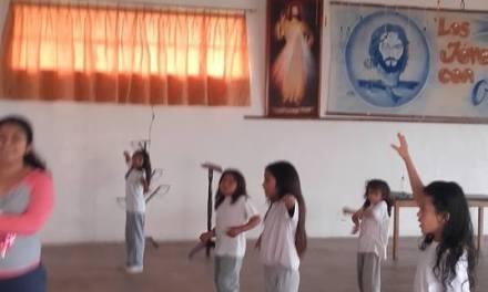 PREPARANDO EL PREGÓN DE FIESTAS EN ECUADOR