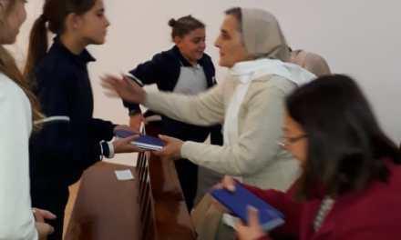 La Comunidad Religiosa del Colegio Del Carmen San Rafael renovaron los votos perpetuos y recibieron las nuevas Constituciones