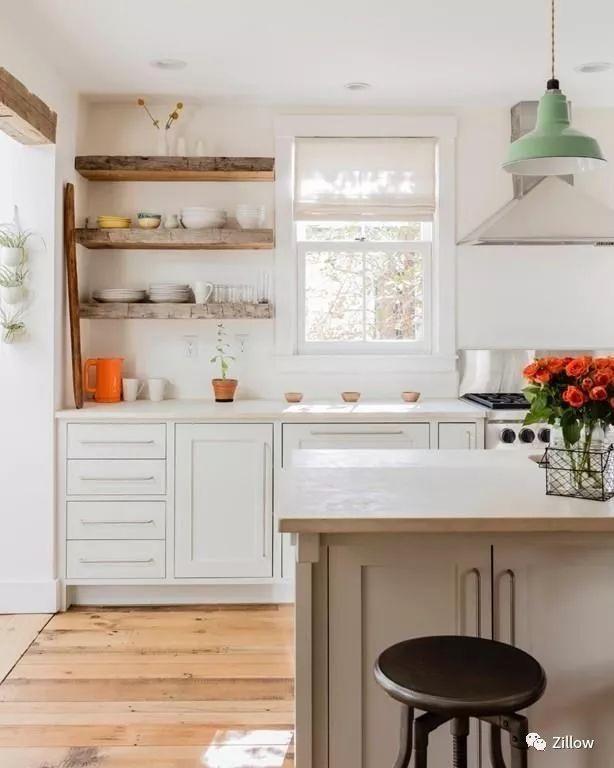 brass kitchen hardware remodels on a budget 家居   2018 年八大厨房设计潮流,你喜欢哪个? – 亚特兰大生活网