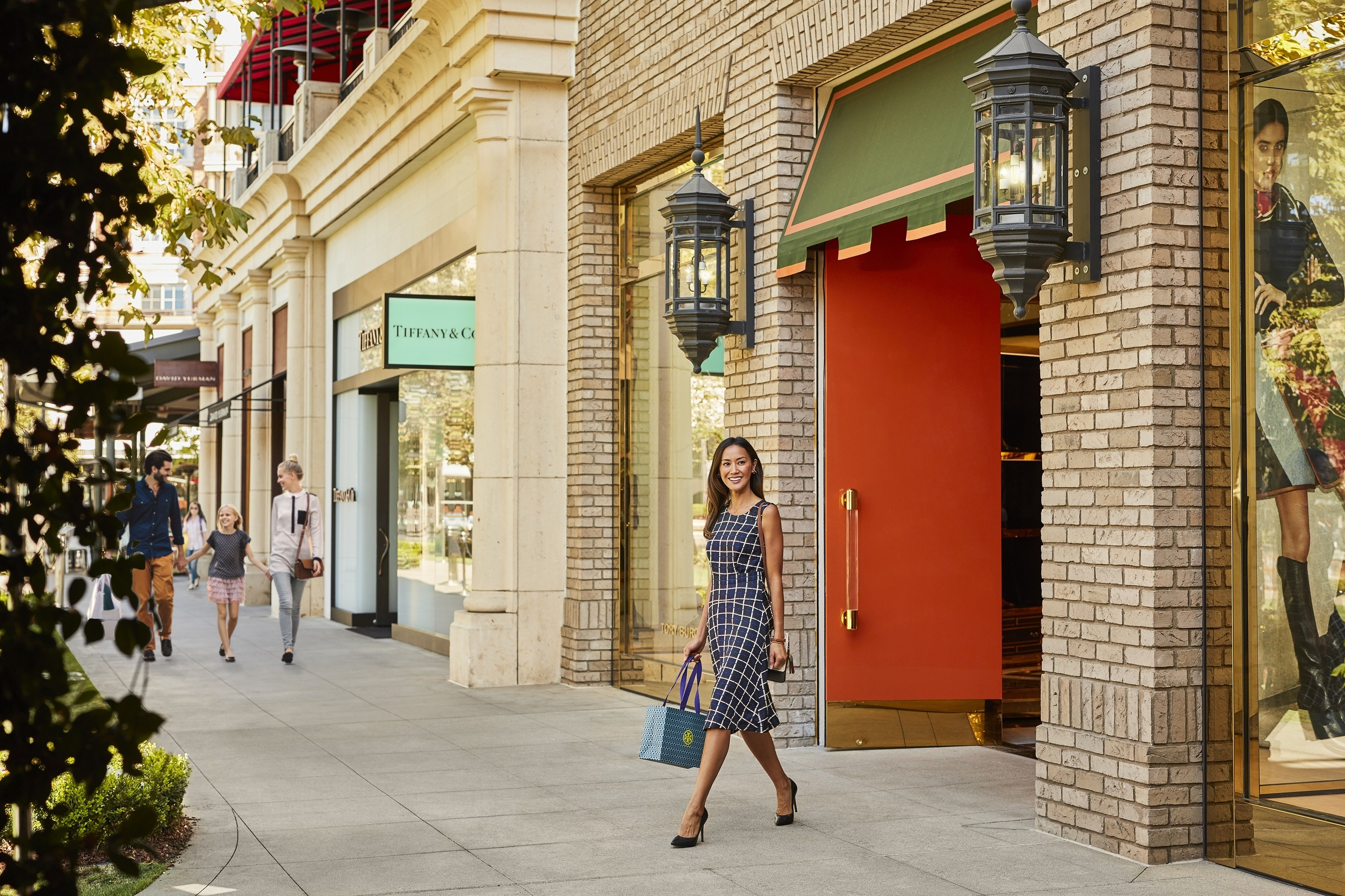 The Best Shopping In Glendale The Americana At Brand