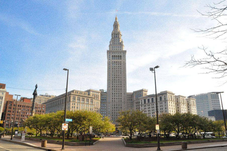 Forgotten Empire Builders: Cleveland's Van Sweringen Brothers