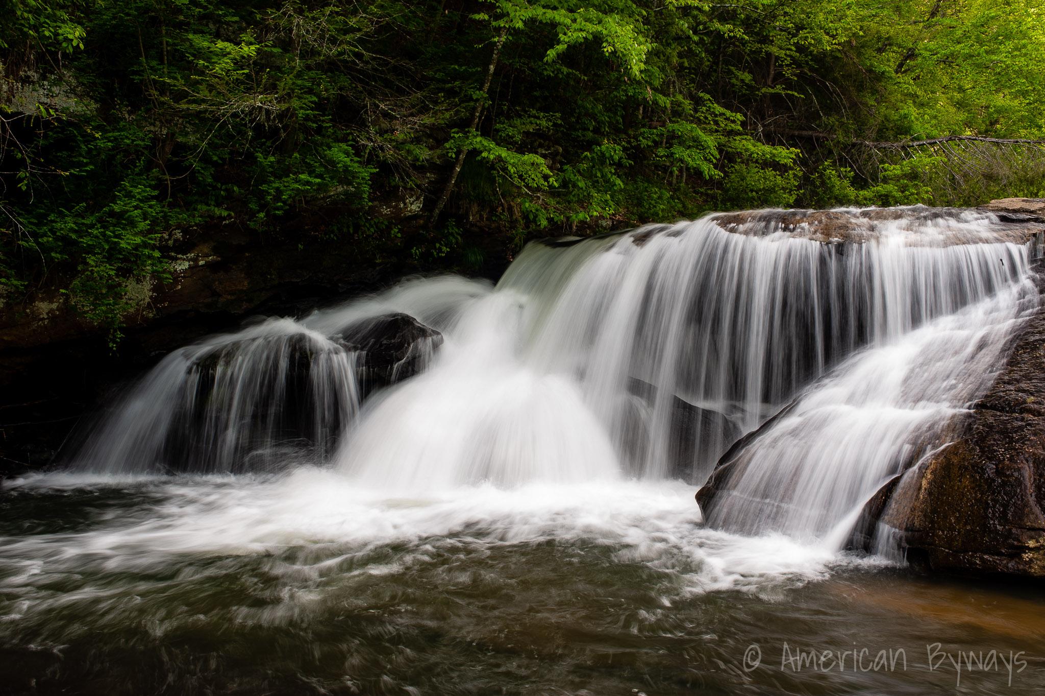 Upper Mill Creek Falls Hawk's Nest