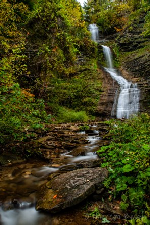 Deh-ga-ya-soh Falls