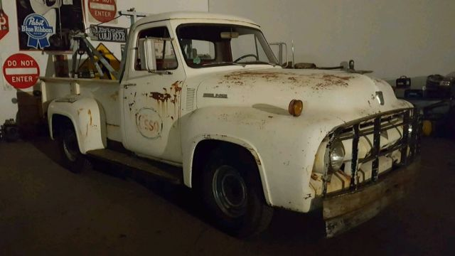 1954 Ford Tow Truck