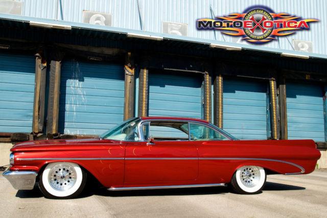 1959 Pontiac Bonneville Custom 389 Tripower Air Ride Custom Body