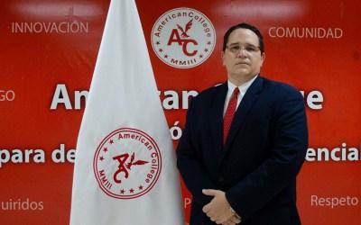 Roberto Perezalonso asume el cargo de rector en American College