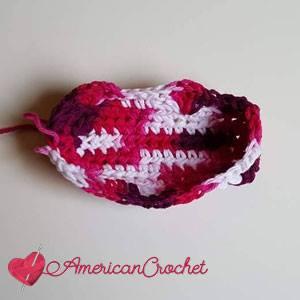 Shells Up the Trellis Soap Cozy | Free Crochet Pattern | American Crochet @americancrochet.com #ShellsUptheTrellisSoapCozy