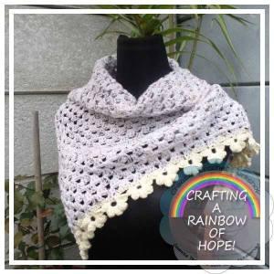 Granny Mini Shawl free crochet pattern