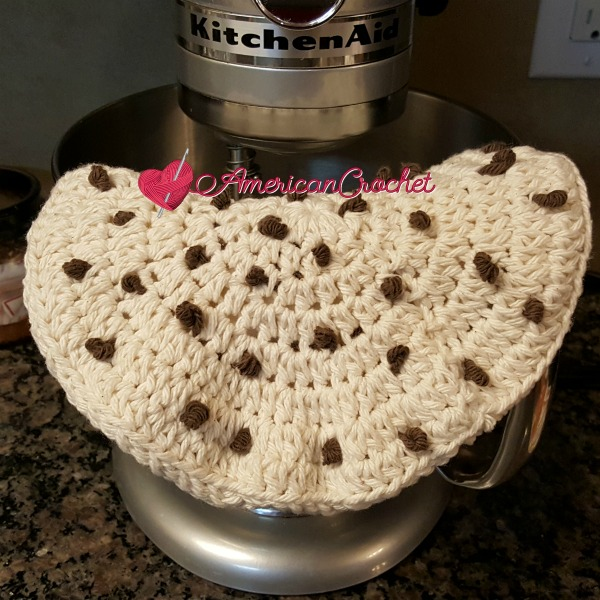 Chocolate Chip Cookie Potholder | Free Crochet Pattern | American Crochet @americancrochet #freecrochetpattern