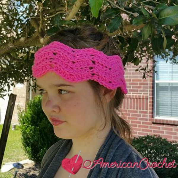 Peaks and Valleys Headband | Free Crochet Pattern | American Crochet @americancrochet.com #freecrochetpattern