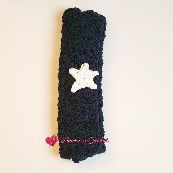 Picnic Pocket Napkin | Free Crochet Pattern | American Crochet @americancrochet.com #freecrochetpattern