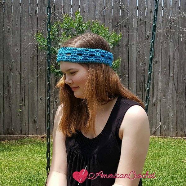 Fashion Arch Headband | Free Crochet Pattern | American Crochet @americancrochet.com #freecrochetpattern