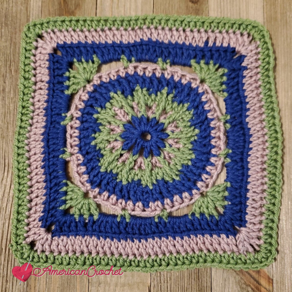 Durst Square | Crochet Pattern | American Crochet @americancrochet.com #crochetalong #crochetpattern
