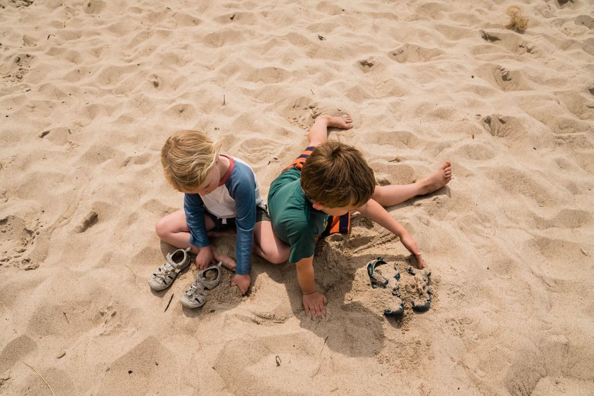 kids at porter beach at indiana dunes national park