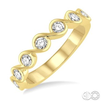 yellow gold stack band