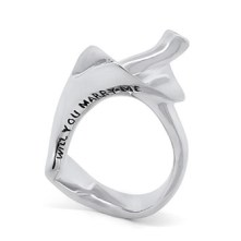 wilshi-shell-proposal-ring-will-you-marry-me-engraving