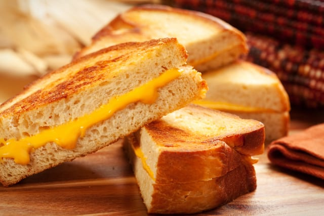 Griddle Recipes: Grilled Ham and Cheese Sandwiches