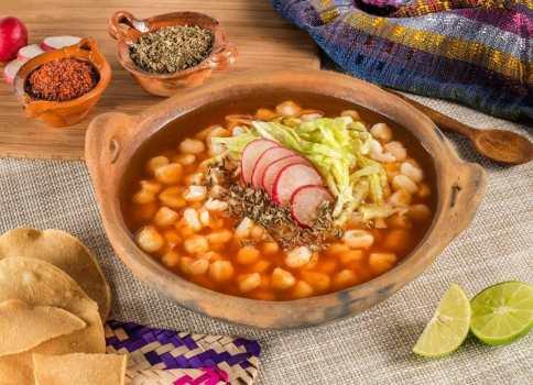 Comida mexicana sana: cómo preparar pozole y otros platos aunque estés a dieta