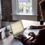 Estrés laboral: ¿Cómo saber cuando tu trabajo quema crónicamente tu salud?