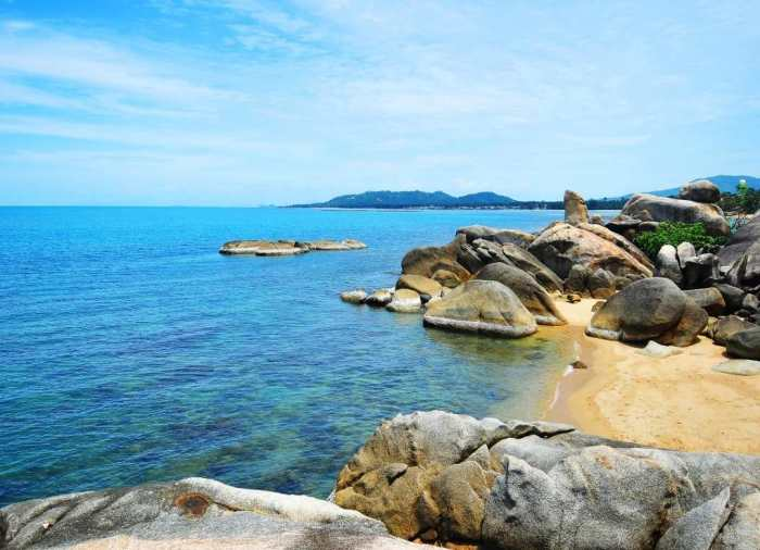 No necesitas mucho presupuesto para disfrutarKoh Samui, una isla paradisiaca ubicada en Tailandia.